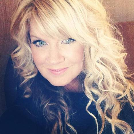 Natalie Grant Praised by Fans for Leaving Grammy Awards Early; Hits Back at Critics - 'You Clearly Did Not Read My Post' | Contemporary Christian Music News | Scoop.it
