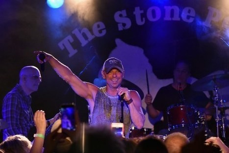 Kenny Chesney to Receive Pinnacle Award at 2016 CMA Awards | Country Music Today | Scoop.it