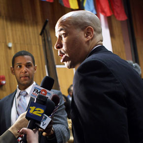 Cory Booker and the End of the New Black Politician   Dear Black People: The First Black President Just Isn't That Into You   Scoop.it