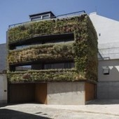 Vertical Garden Living House in Portugal | Vertical Gardens | Scoop.it