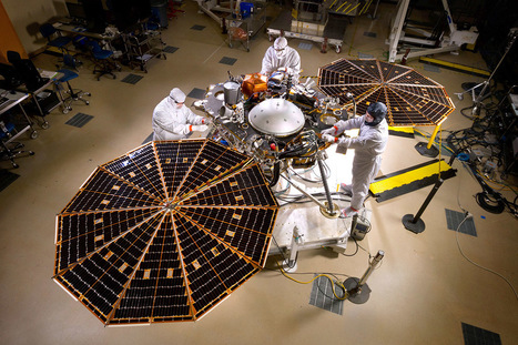 NASA's Mars lander gets set for mission to probe planet's depths | Sandrine Ceurstemont | New Scientist | Digital Media Literacy + Cyber Arts + Performance Centers Connected to Fiber Networks | Scoop.it