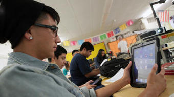 LA Unified School District takes back iPads - Los Angeles Times | iPads and Learning | Scoop.it