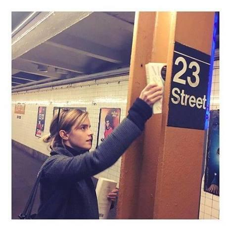 Emma Watson part à New York pour distribuer des livres dans le métro | Bibliorunner, un tech. doc. à l'affût! | Scoop.it