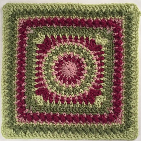 "Crochet Andrea 12"" Square - Pink Mambo 