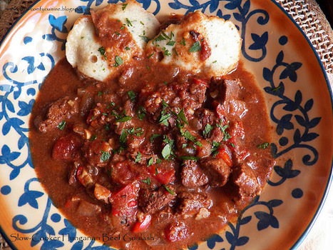 Comfy Cuisine: Slow-Cooker Hungarian Beef Goulash | The Rambling Epicure | Scoop.it