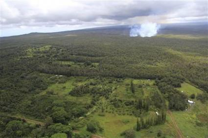 Hawaii town merchant: Lava is slow-motion disaster | Sustain Our Earth | Scoop.it