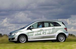 La Tribune Auto : reportage : Premiers tours de roues au volant de la Mercedes Classe B F-Cell à pile à combustible | Air Liquide Mobilité Hydrogène | Scoop.it