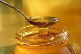 Health Benefits of Honey – Natural Antibiotic, Antifungal, and Antiseptic | Sizzlin' News | Scoop.it