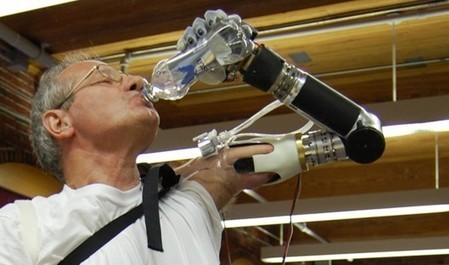 FDA gives approval for DEKA prosthetic arm controlled by muscle impulses | Longevity science | Scoop.it