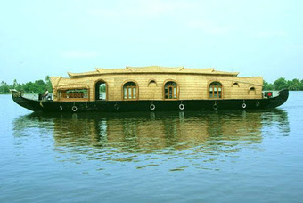 South India Tour: The Crisscrossing Lagoon Story of Alleppey | South India Travel & News | Scoop.it