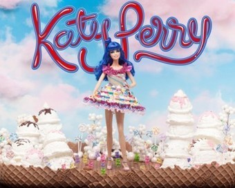 Katy Perry Goes Back to Blue for Barbie Doll Auction | Les choix de Charlotte, 7 ans et demi | Scoop.it