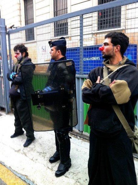 Les clowns surveillent les clowns | #marchedesbanlieues -> #occupynnocents | Scoop.it