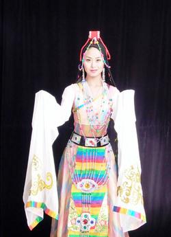 ¿Cual es el vestido tradicional de China? | Indumentaria Antigua | Scoop.it