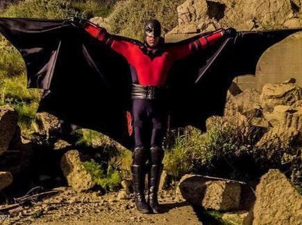 sul Corriere della Sera: Il Guardiano, il Confessore, Powerman: il censimento dei supereroi italiani (veri) | Supergiusti Supertosti Superveri. Alla scoperta dei supereroi fai-da-te | Scoop.it