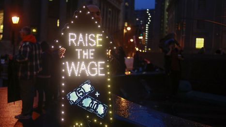Dems push for minimum wage increase for tipped workers -- but will it backfire?   Gov & Law -Kenna Johnson   Scoop.it