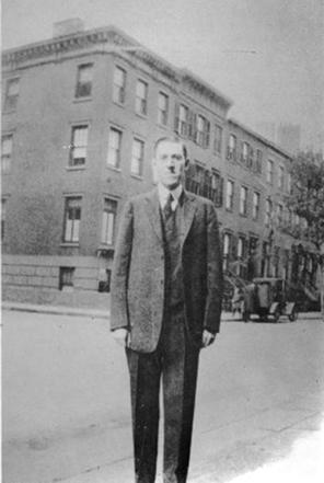 The Lovecraft Monument : Lovecraft #1925 | sommaire général | La Bibliothèque hors le livre | Scoop.it