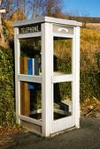 La cabine téléphonique, cet objet oublié du XXème siècle | Recyclage et récupération | Scoop.it