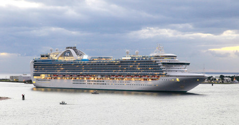 A Skeptic Infiltrates a Cruise for Conspiracy Theorists | Tourism : Collaterals | Scoop.it