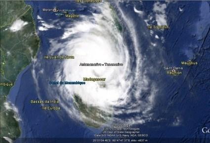 Cyclone tropical intense Giovanna a touché terre surMadagascar   Risques et Catastrophes naturelles dans le monde   Scoop.it