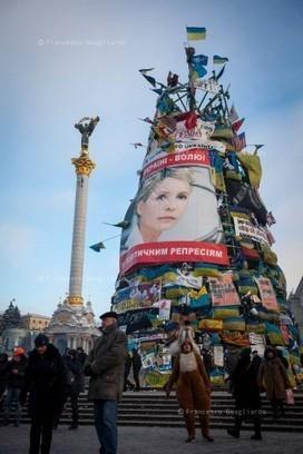 Ucraina, fotoreportage da Kiev, una terra che lotta per il sogno europeo Informazione | InformAzione | Scoop.it