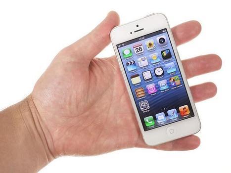 Apple IPhone 5 Vs. Samsung Galaxy S III | Inspirationi | Scoop.it