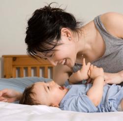 Les Françaises ont leur premier enfant à 28 ans ! - Le Baby Blog - Doctissimo | Autour de la puériculture, des parents et leurs bébés | Scoop.it