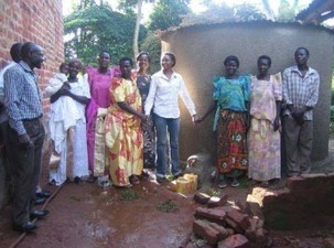Rainwater Harvesting for Poultry and Goat Microbusinesses in Uganda | कृषी व्हिजन | Scoop.it