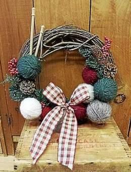 Focus on Fiber Arts: Create a handmade yarn wreath - Torrington Register Citizen   Fiber Arts   Scoop.it