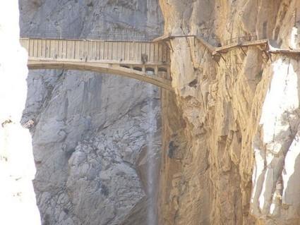 L'Espagne rouvre le Camino del Rey, fameux sentier meurtrier (vidéo) | Tout sur le Tourisme | Scoop.it