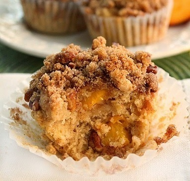 Bunny's Warm Oven: Moist and Delicious Peach Muffins with Crumb Topping | Bunny's Warm Oven | Scoop.it