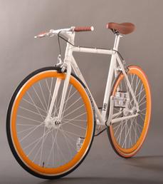 Le fixie, un vélo sans freins ni dérailleur... mais qui s'arrache   voirie-pour-tous   Scoop.it