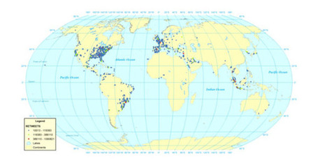 "Mapping the global Twitter heartbeat: The geography of Twitter | ""Social Media"" 