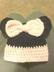 Sue's Crafty Side: Crocheting a Minnie Mouse Hat - ThriftySue | Thrifty Sues Frugal Living | Scoop.it