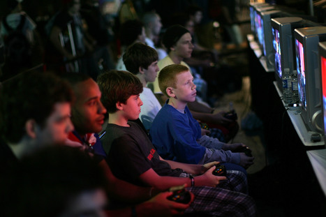 Online Gaming Helps Kids Do Better In School, Social Media Doesn't, Study Says | Games and education | Scoop.it