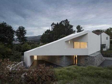 Minimaliste maison portugaise de campagne au de for Habitat minimaliste