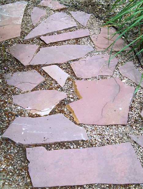 Planting Along a Garden Path - Lowe's Creative Ideas | Annie Haven | Haven Brand | Scoop.it