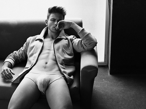 Portraits: Sergio Carvajal by Alejandro Brito (NSFW) | THEHUNKFORM.COM | Scoop.it