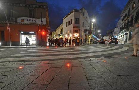 Se instala un semáforo en el suelo para peatones que miran el móvil | Convergencia de medios e integración multimedia | Scoop.it