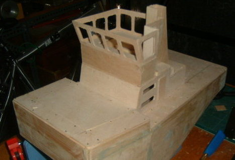 Building a small pusher tug   Springer Tugs