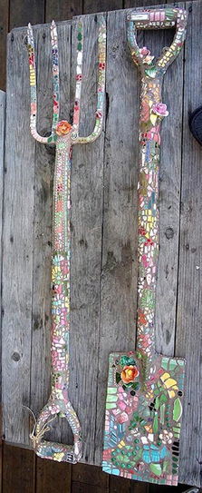 Shard art | Upcycled Garden Style | Scoop.it
