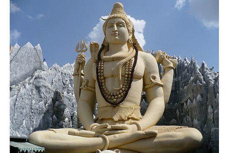 La statue de Shiva à Bangalore en Inde | Actu & Voyage en Inde | Scoop.it