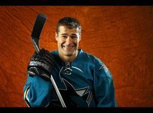 NHL: Sharks F Patrick Marleau Unhurt in Serious Car Accident - Sport Balla | ESPNTMZ | Scoop.it