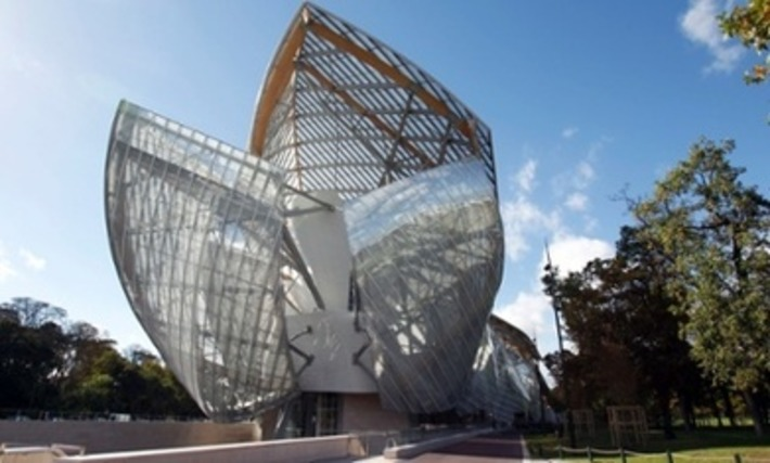 Fondation Louis Vuitton, Paris review everything and the bling from Frank Gehry | The Guardian | Kiosque du monde : A la une | Scoop.it