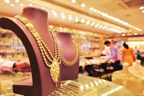 Gold rises from 10-month lows, heads for fourth consecutive weekly drop | La revue de presse CDT | Scoop.it
