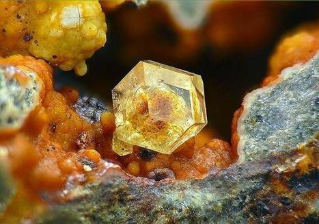 Paulingite | Minerals | Scoop.it