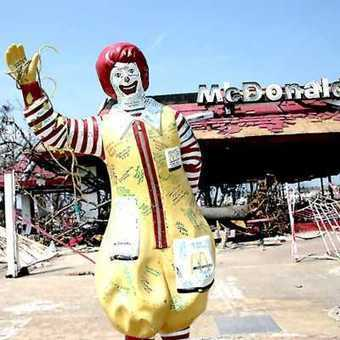Past Food: 10 Creepy Closed & Abandoned McDonalds Restaurants | Modern Ruins | Scoop.it