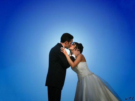 Manželstvo znižuje hladinu testosterónu a odďaľuje začiatok menštruácie | Správy Výveska | Scoop.it