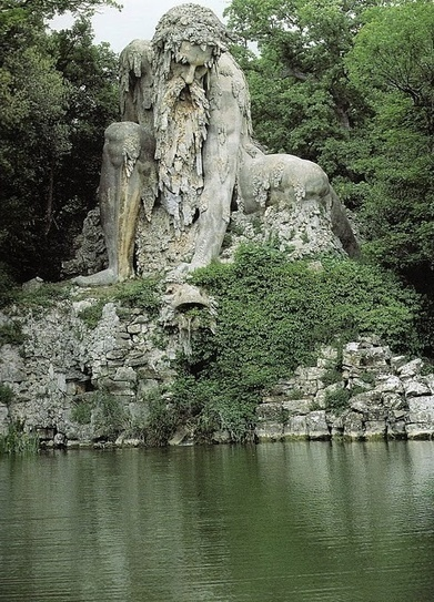 The Appennine Colossus, italy | Incredible Pictures | Movin' Ahead | Scoop.it