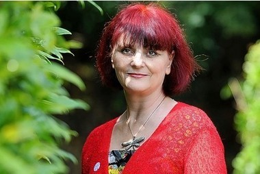 UK News: Campaigner Debbie Brewer loses her battle against cancer   Asbestos and Mesothelioma World News   Scoop.it