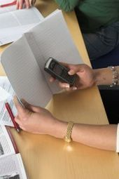 » Reading, Writing and… Facebook?   - Psych Central News   Social Media Taught in Schools   Scoop.it